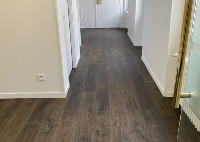 Pose de lame pvc collé imitation parquet